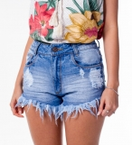 Short jeans curto