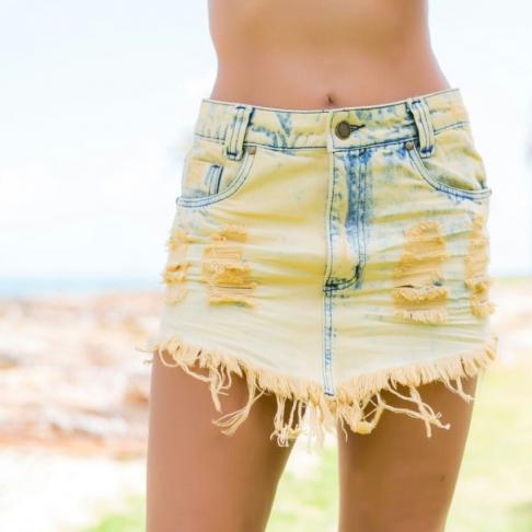 Saia jeans em V